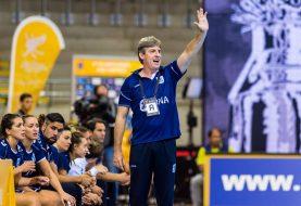 Eduardo Peruchena dejó de ser el entrenador de la Selección Femenina